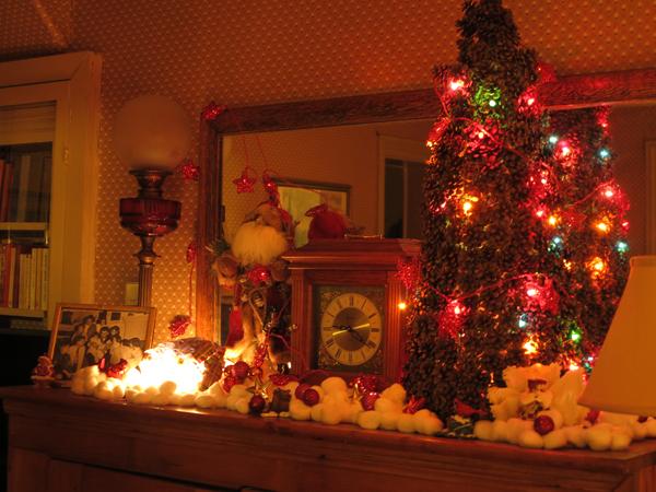 ChristmasDecs004