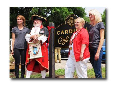 Cardinal Cafe01